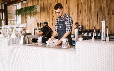 6 TOP DEDUCTIONS FOR HOSPITALITY WORKERS